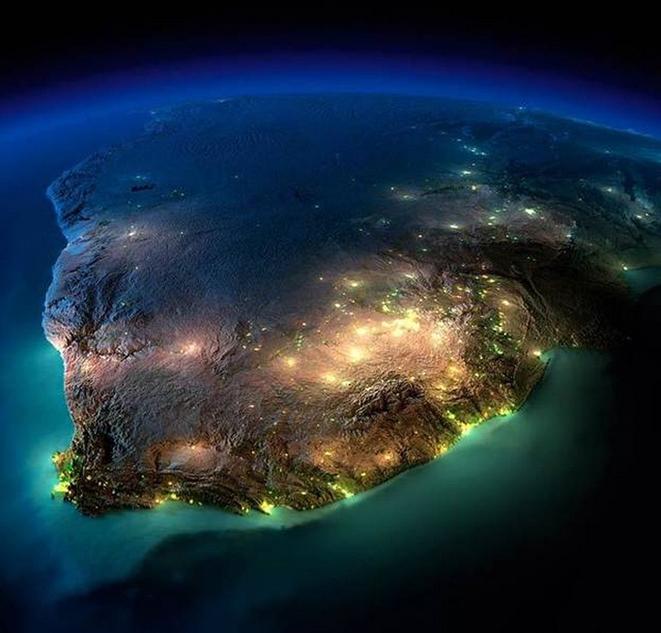 NASA航拍地球各地夜景